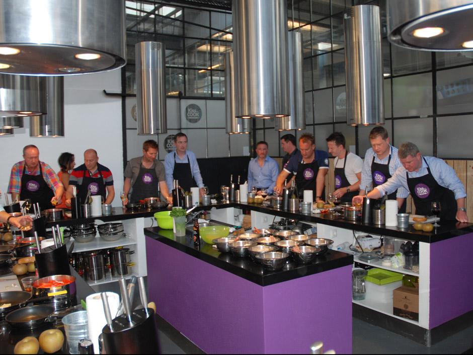 Atelier de cuisine lisbonne lisbonne team building for Atelier cuisine tours
